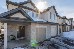 Real Estate Listing   374 HORSESHOE CRESCENT Stittsville