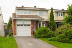 Real Estate Listing   932 SNOWSHOE CRESCENT Ottawa